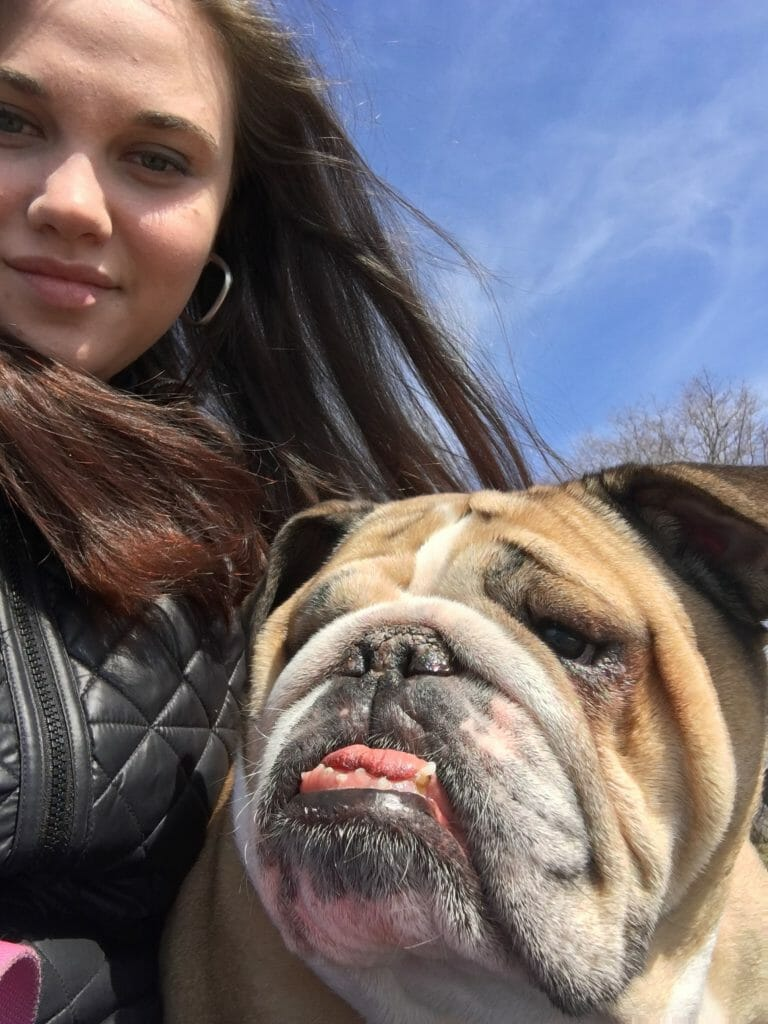 Taylor Sizer with a dog